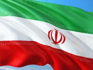 Irán lanzará criptomoneda para evadir a Estados Unidos y SWIFT